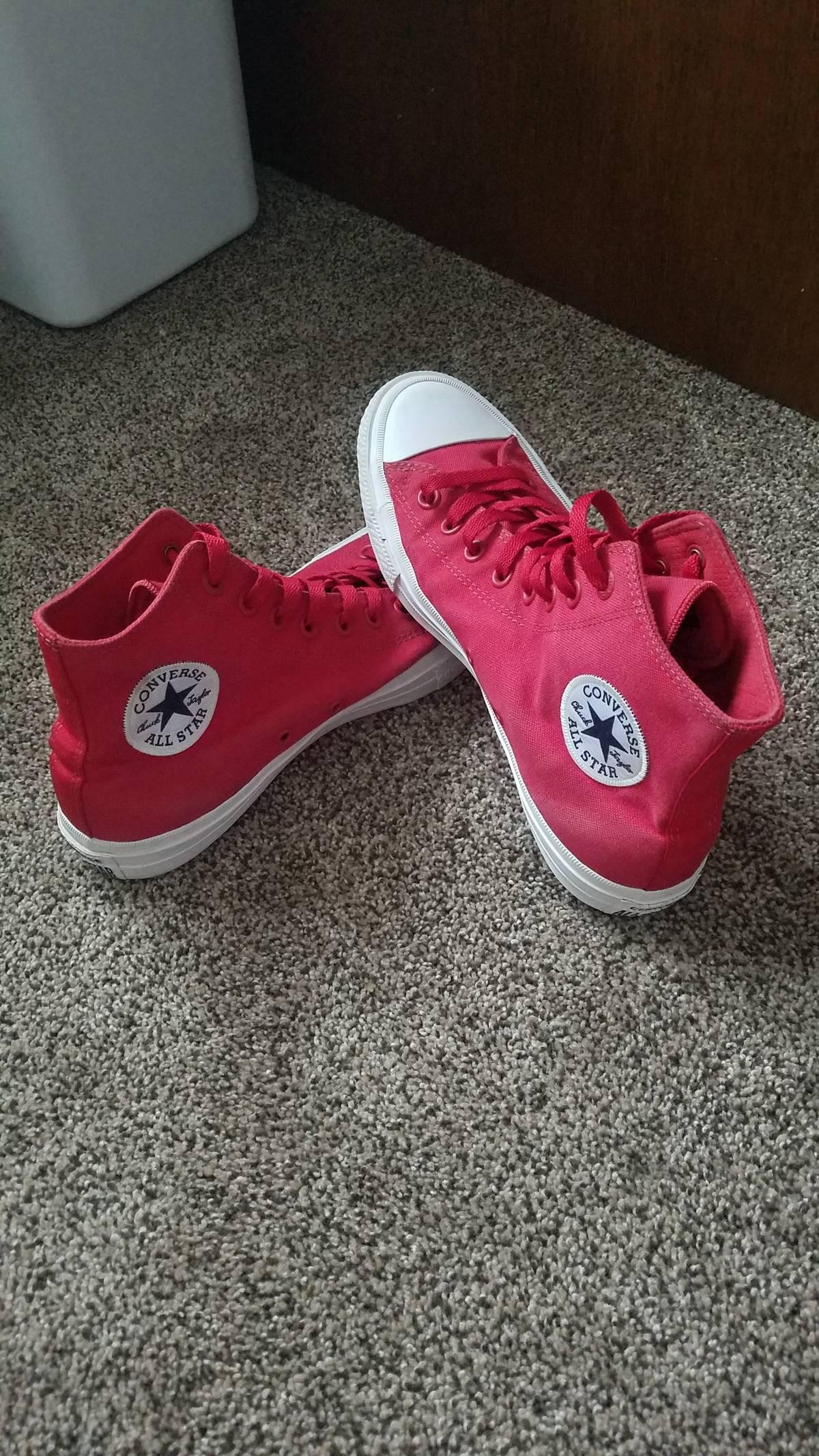 21f7c7f2a9e227 Chuck Taylor ×. Red Converse All Star 2