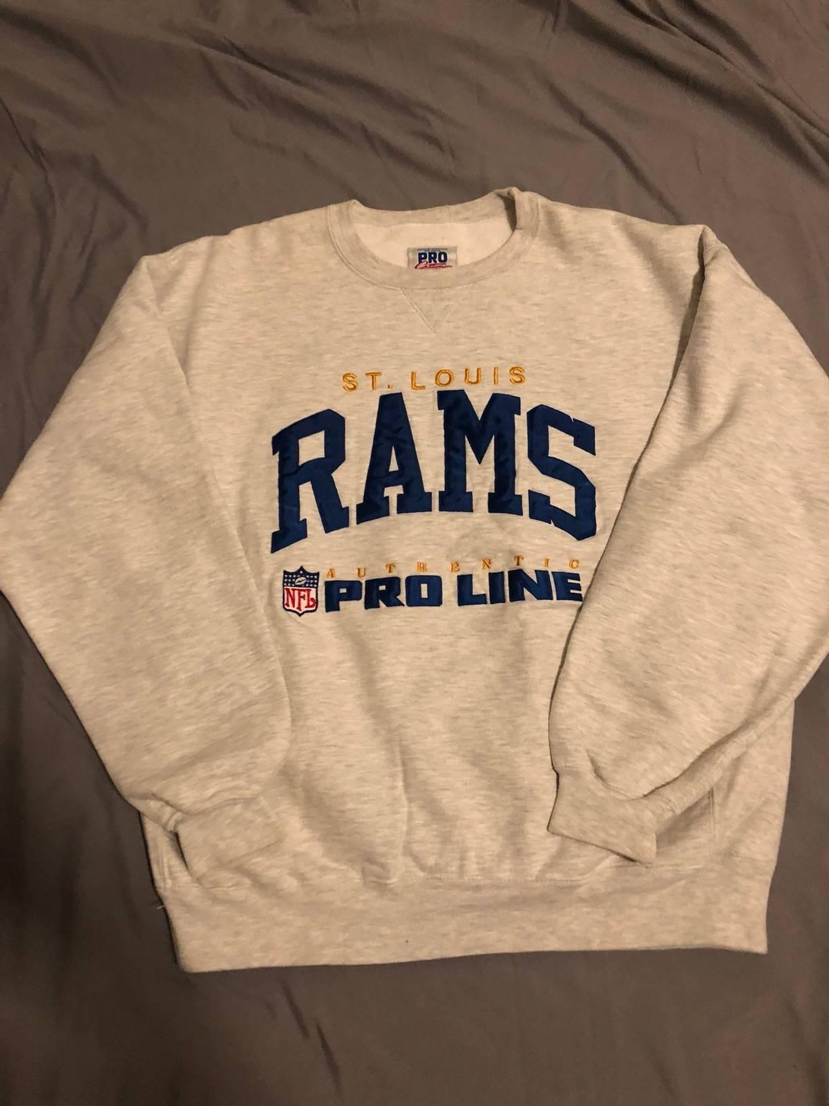 Vintage × Russel Athletic. Vintage St Louis Rams Crewneck. Size  US L ... 7e5a4b4d7