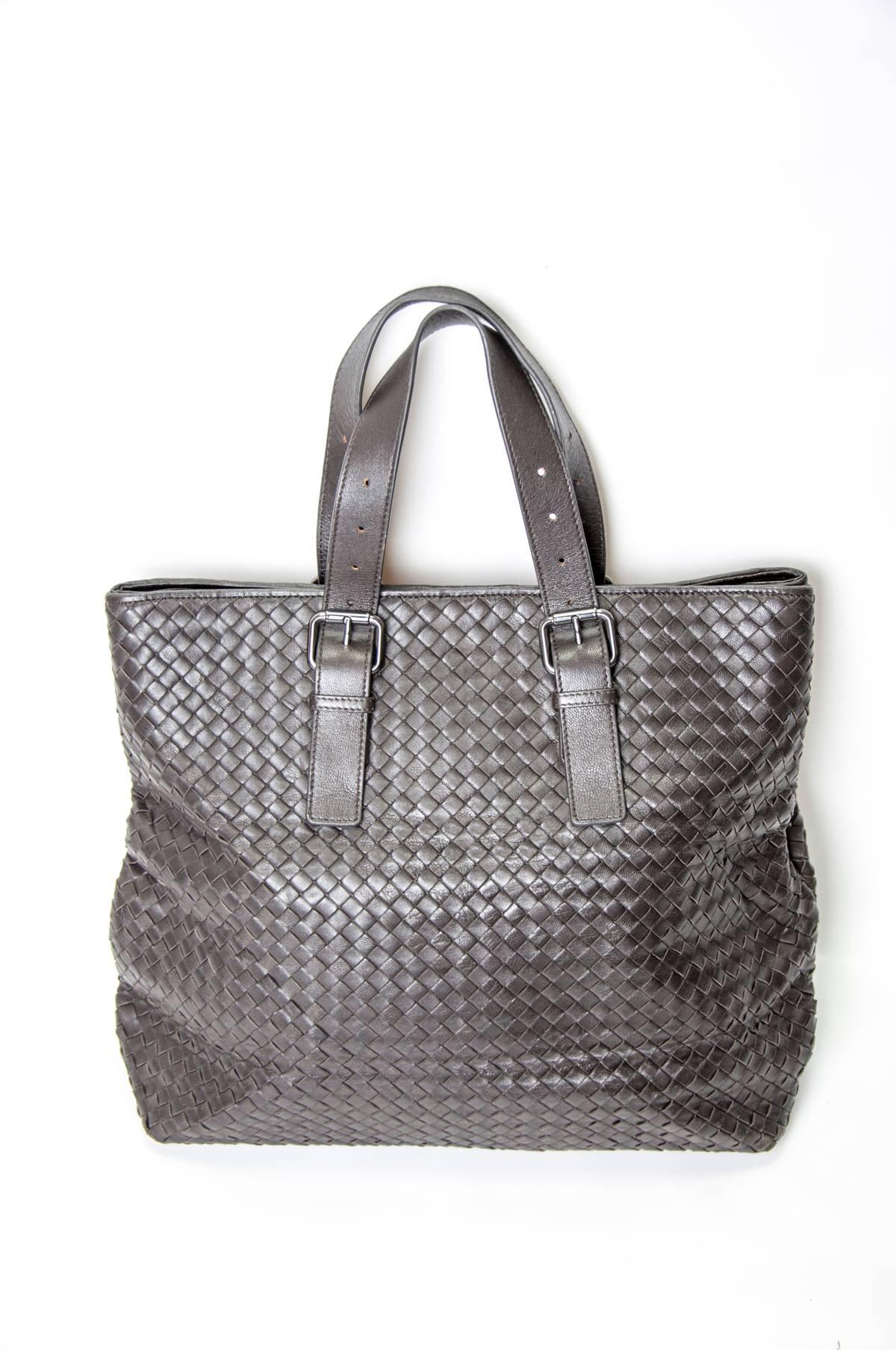 Bottega Veneta LEATHER LARGE TOTE BAG Size one size - Bags   Luggage ... 2ede976cf47a9
