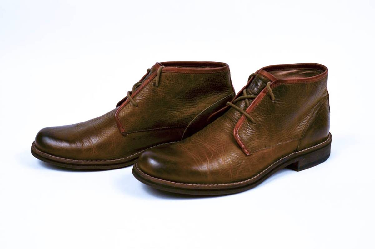 a9c94170f91 Wolverine 1883 Orville Chukka Boots In Olive, 8.5 D Fits 9.5 / 10 Size 8.5  $88