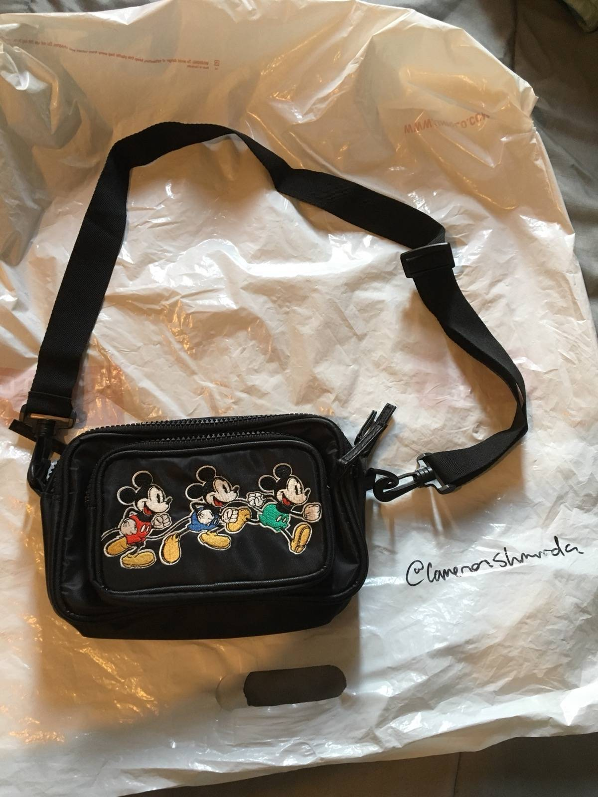 """972992990b Disney Mickey Mouse """"Timeless Hip Pack"""" (Fanny Pack) Size One Size $29"""