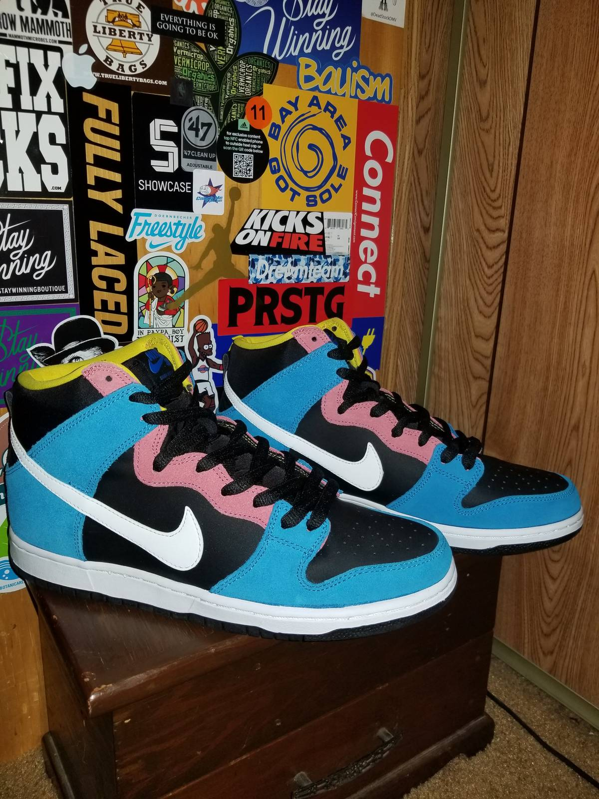 huge selection of bdbad c699e Nike Nike Sb Dunk High Bazooka Joe Size 11 New Size 11 $80