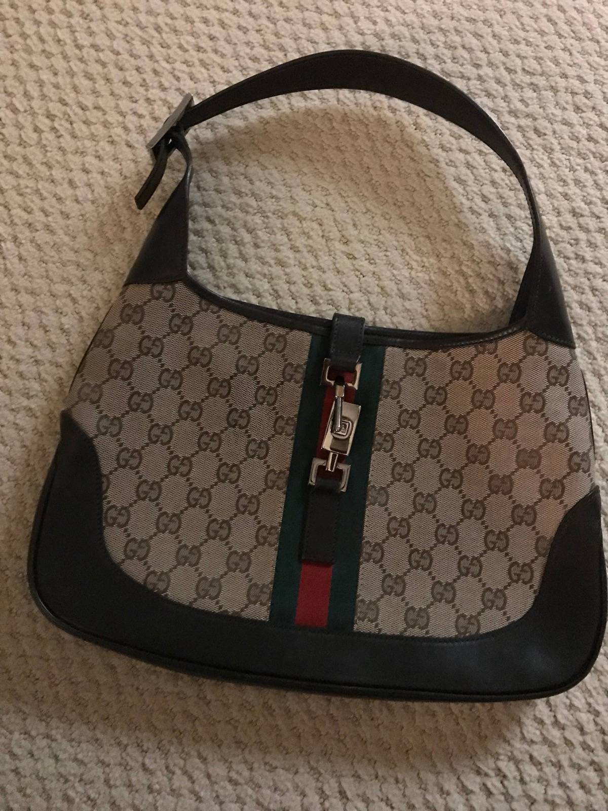 """f4d5a5e9663 Gucci Gucci Beige Ebony Signature """"GG"""" Canvas Jackie O Hobo Bag Size one  size - Bags   Luggage for Sale - Grailed"""