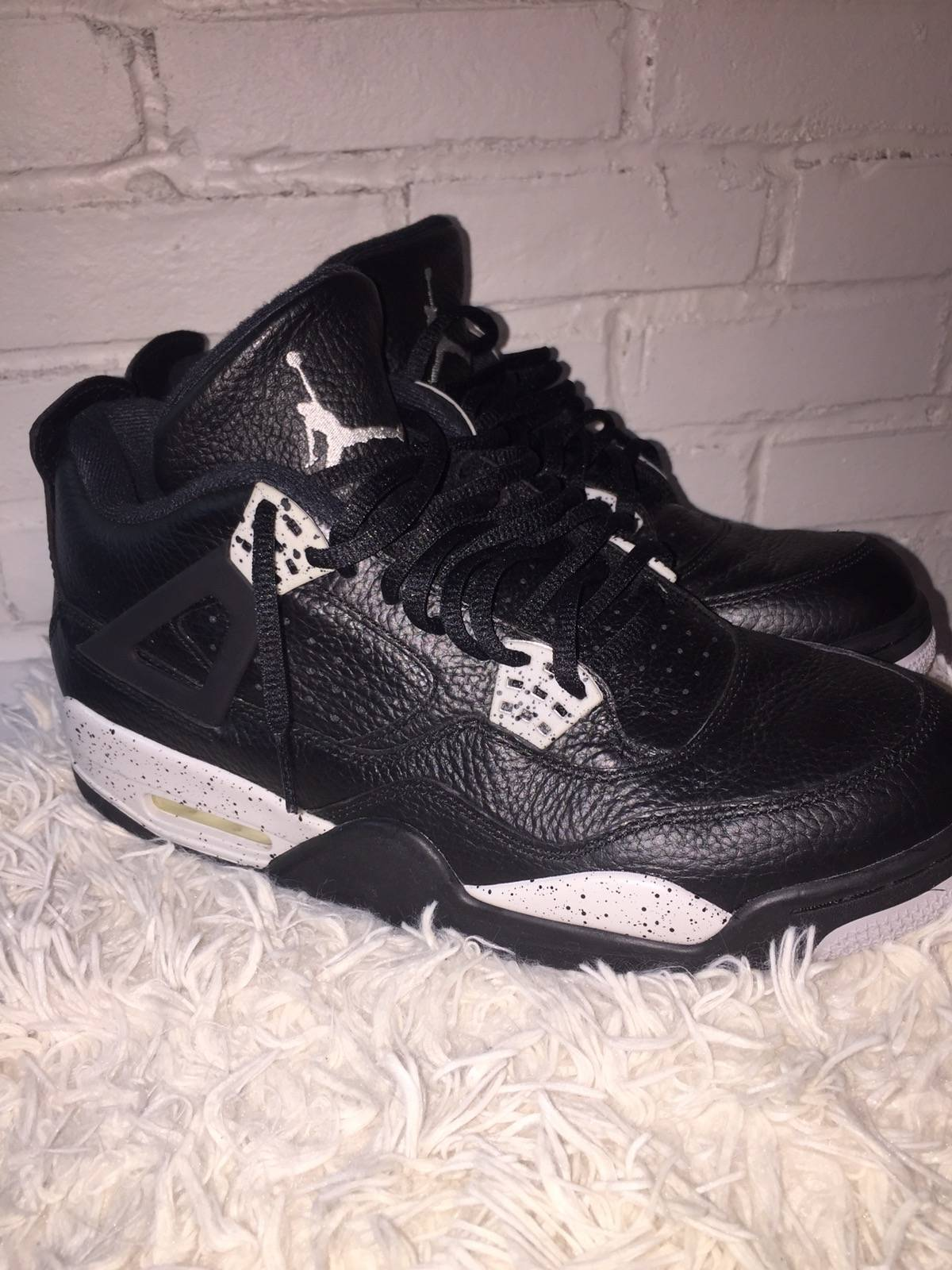 d709409a8cab Jordan Brand Oreo Retro 4s Size 10 - Low-Top Sneakers for Sale - Grailed