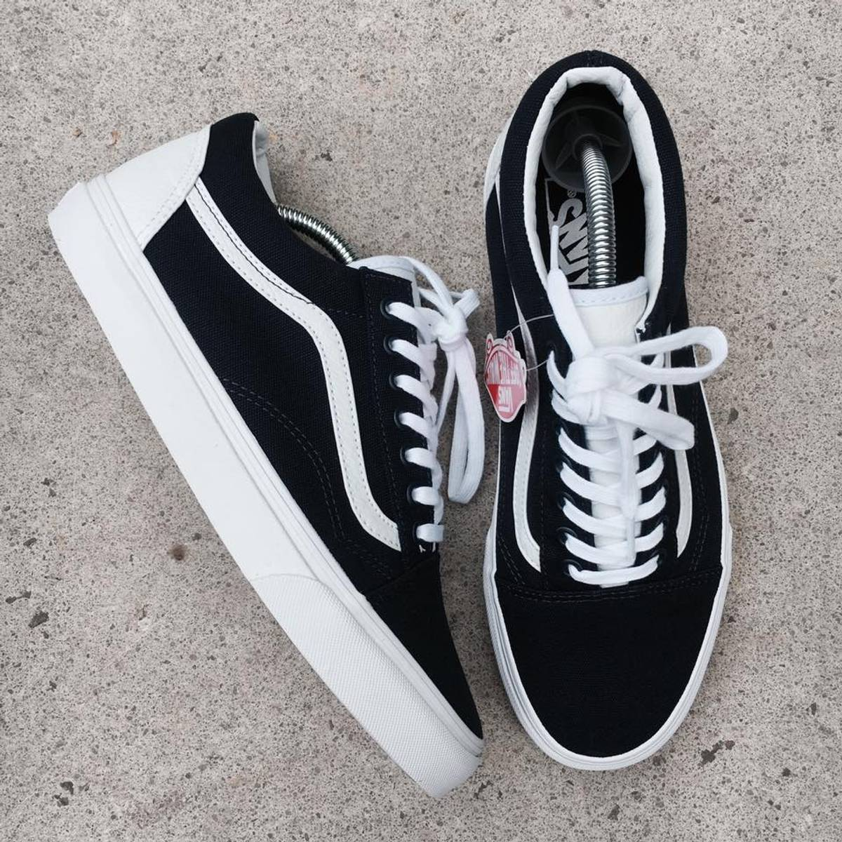 543ab113336 Vans Vans Old Skool X Footlocker Exclusive  College  Size 7.5 - Low-Top  Sneakers for Sale - Grailed