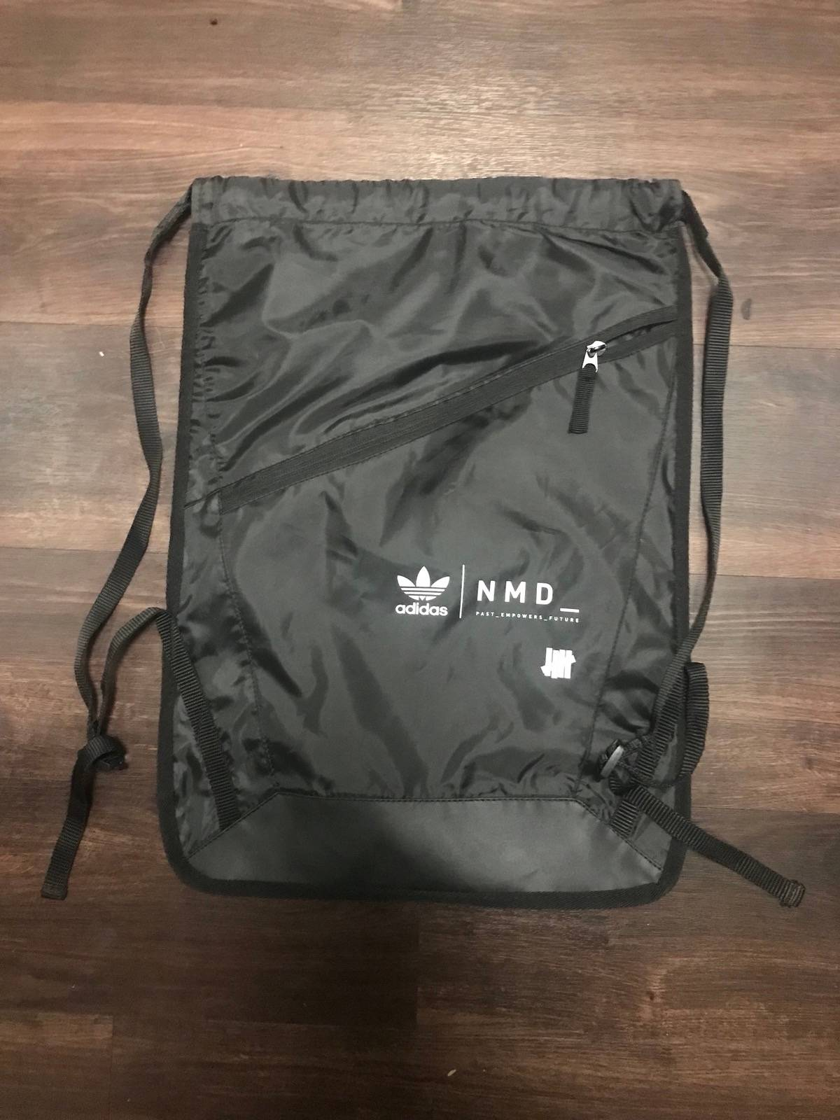 Adidas Adidas Nmd Drawstring Bag Size one size - Bags   Luggage for Sale -  Grailed e813eb462f2c8