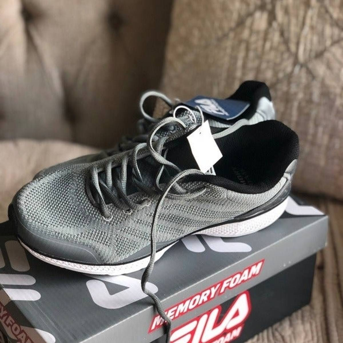 Fila Fila Men's Gray Tennis Shoes Memory Foam Size 8.5 $35