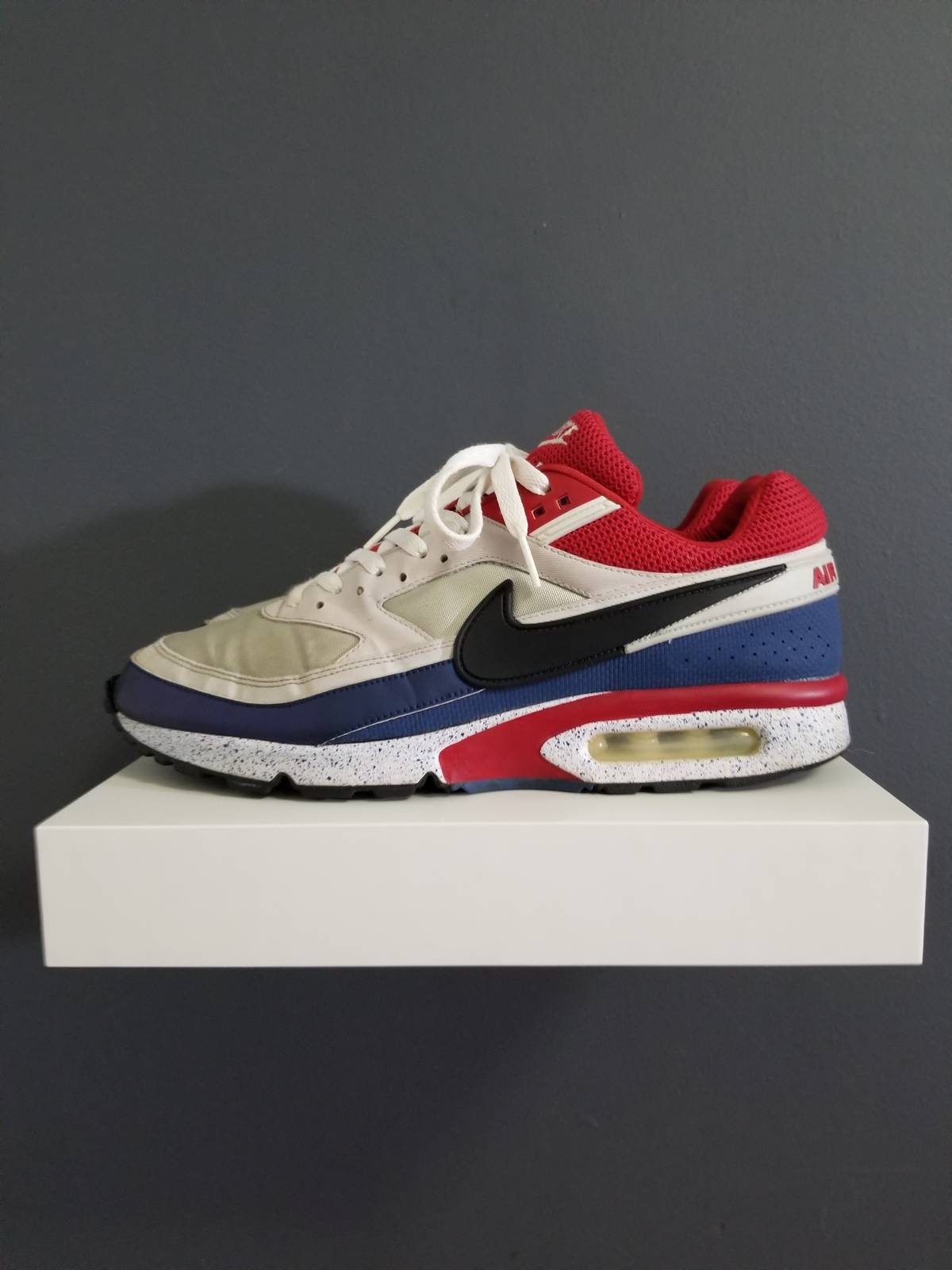 hot sale online 45e91 c6784 Nike Nike Air Max BW PSG READ DESCRIPTION Size 10.5 - Low-Top Sneakers  for Sale - Grailed
