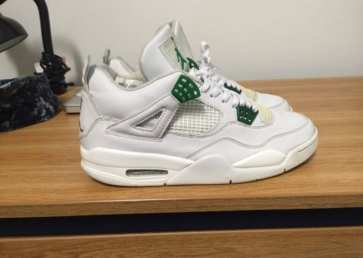 7d30781f49ab Jordan Brand Classic Green 4s Size 9.5 - for Sale - Grailed