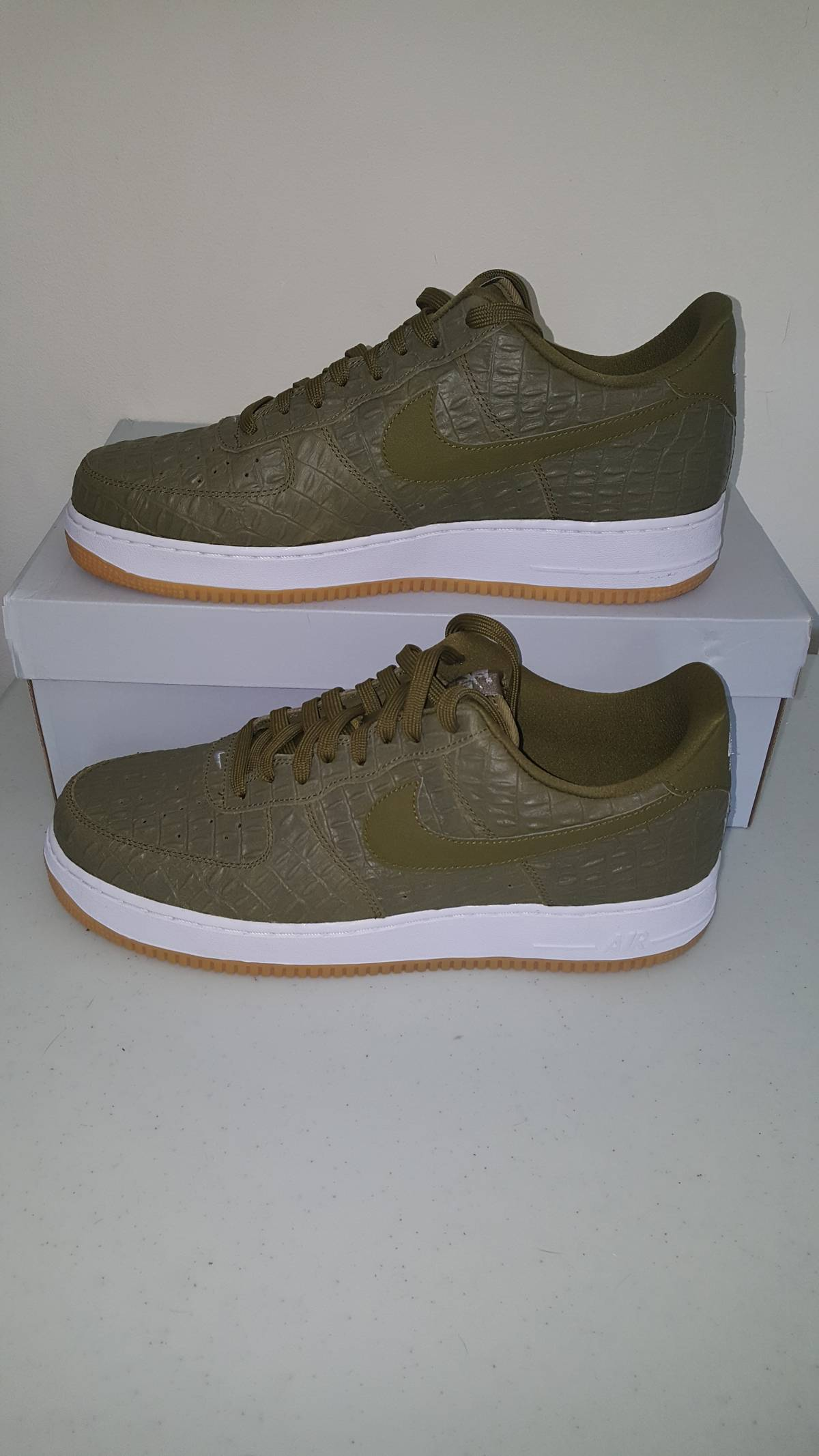 Nike Nike Air Force 1 Low Militia Green Croc Size 13 - Low-Top Sneakers for  Sale - Grailed f974ec4b3