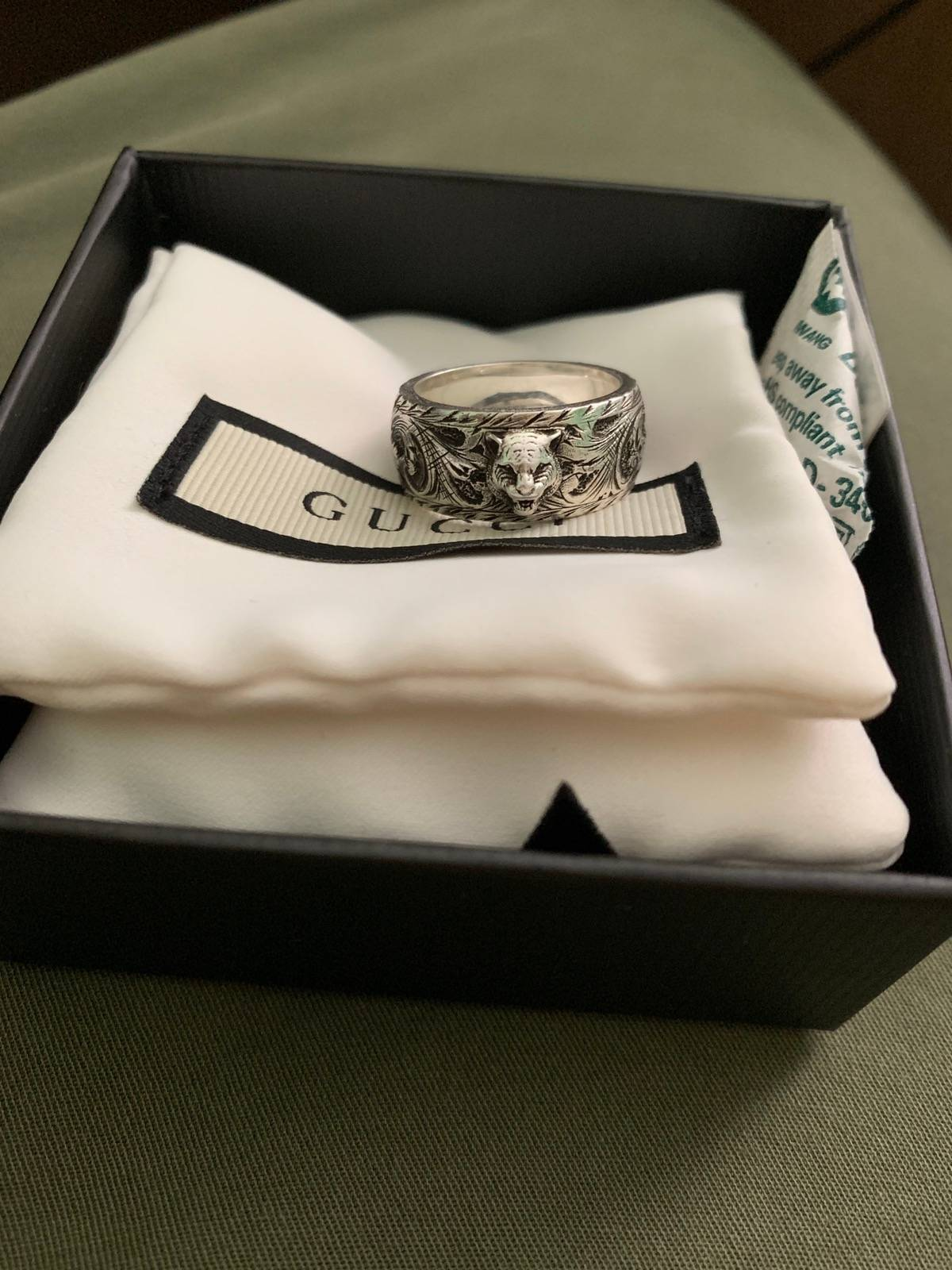 b280d04e94 Gucci Gucci Thin Silver Ring With Feline Head Size One Size $230