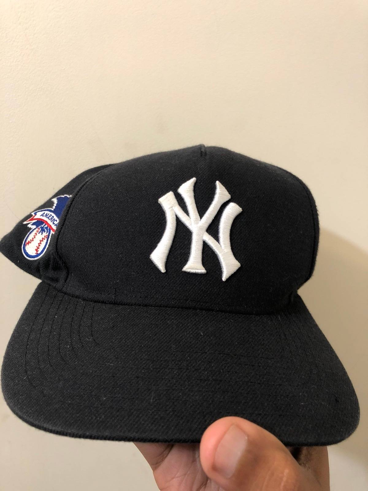 20c3fe19c37 Supreme × New York Yankees × Forty Seven Brand. Supreme New York Yankees  SnapBack RARE. Size  ONE SIZE