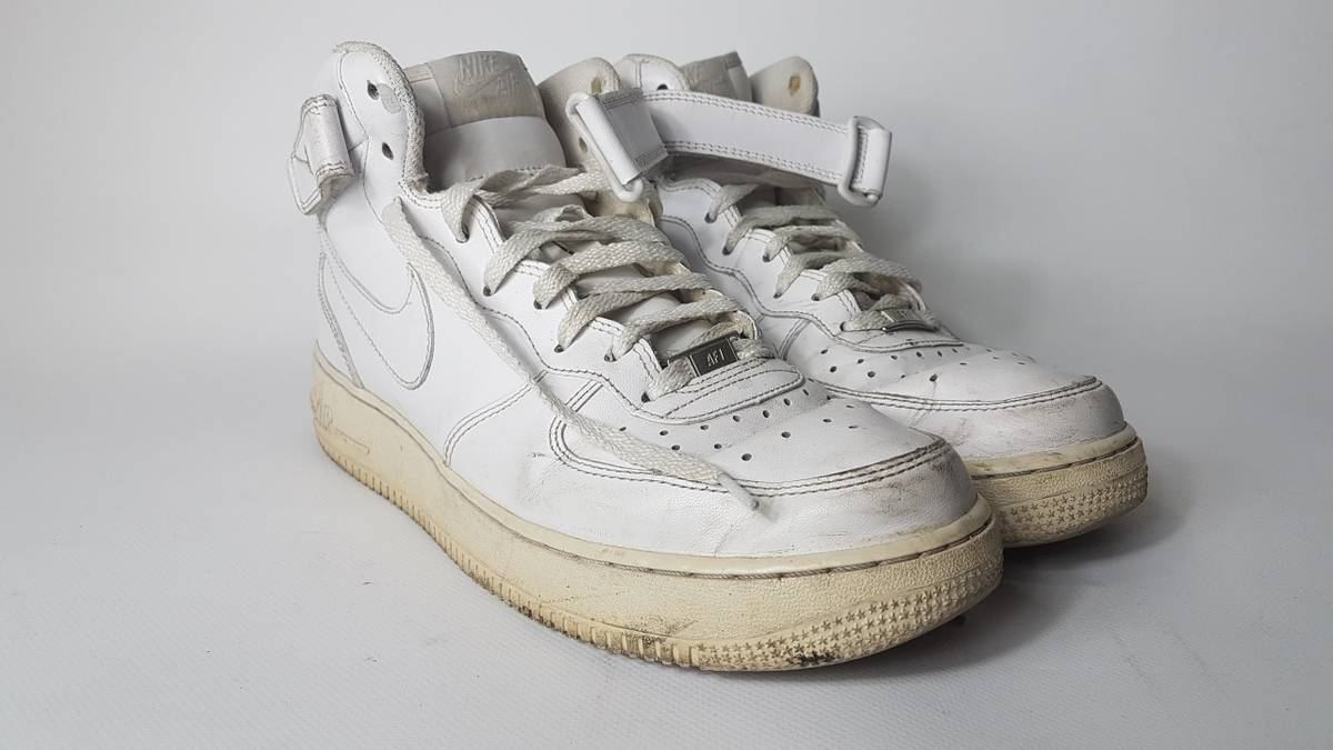 Nike Vintage 1990s Nike Air Force One Sneakers 90s Nike Air Force 1 Distressed Shoes 90s Basketball Shoe 1990s 90s Clothing Free Shipping Size 10