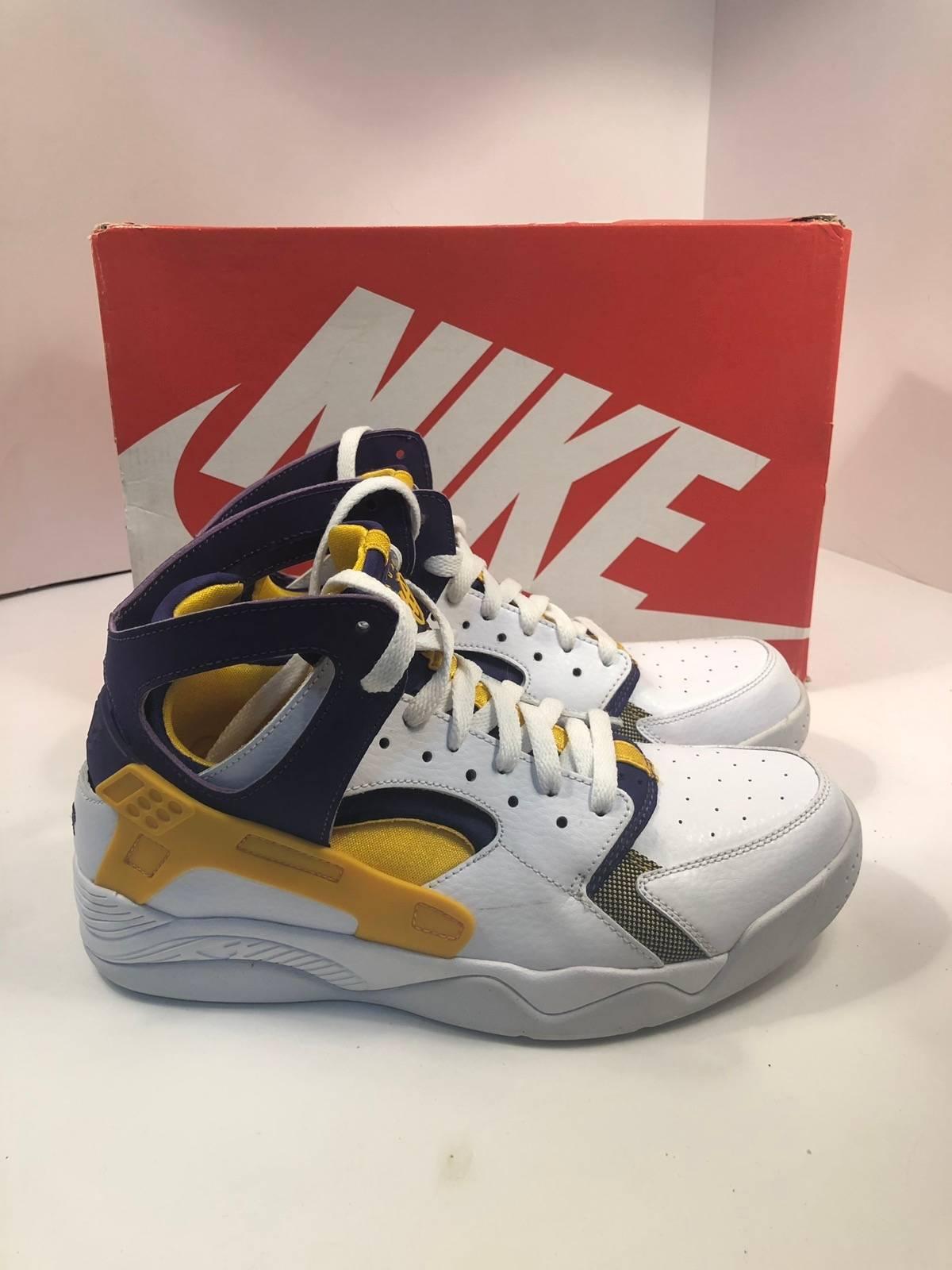 separation shoes b705c 3423b Nike Nike Air Flight Huarache Los Angeles Lakers Kobe Bryant Pe   Grailed