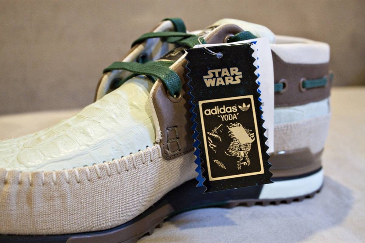 6c46dc241 Adidas ZX 700 Boat - Star Wars - Yoda Size 14 - Slip Ons for Sale - Grailed