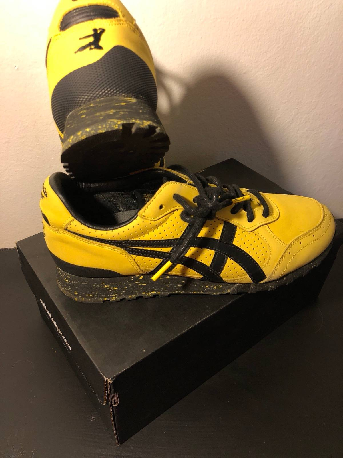 new product 2bec3 90aa7 Asics × Bait × Bruce Lee Bruce Lee X Bait Onitsuka Tiger Game Of Death  Shoes Size 8 $120