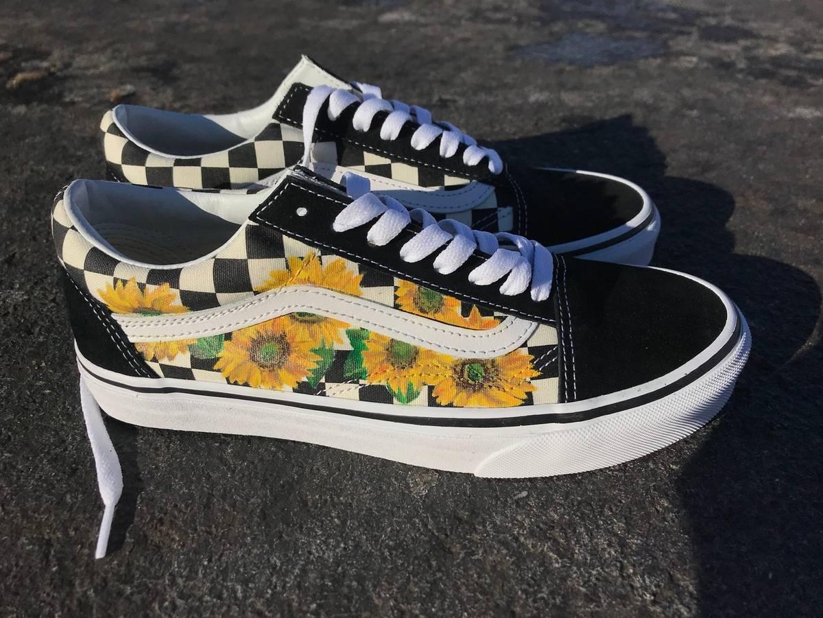 f06c1e61fe Vans Sunflower Checkered Old Skools