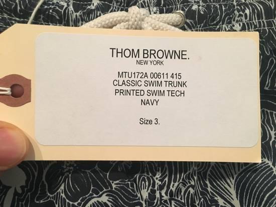 Thom Browne Nylon Swim Trunk in Navy/White Size US 32 / EU 48 - 2