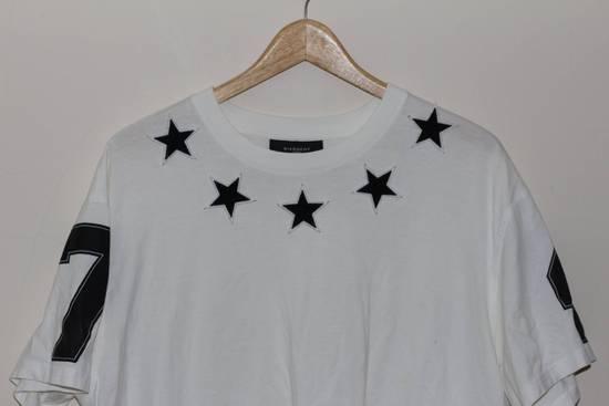 Givenchy Black Star Applique T-shirt Size US M / EU 48-50 / 2 - 1