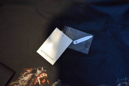 Givenchy Givenchy Authentic $890 Monkey Print Black Shirt Size 40 Brand New With Tags Size US L / EU 52-54 / 3 - 2