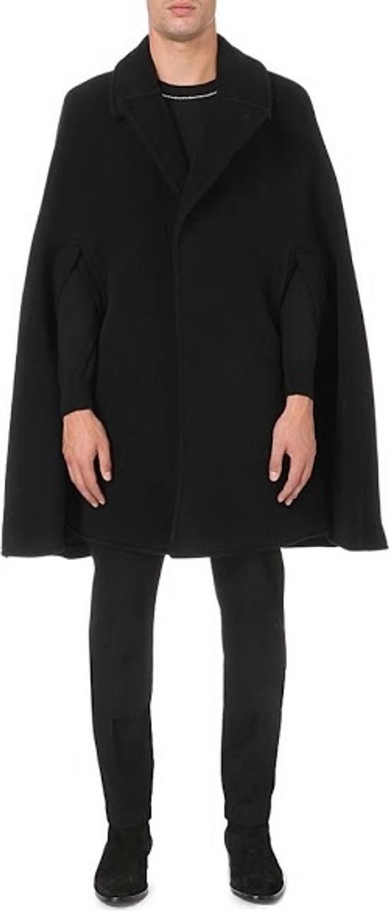 Givenchy Givenchy Cape coat Size US M / EU 48-50 / 2 - 1