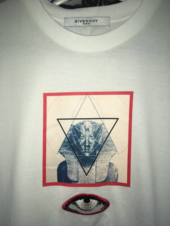 Givenchy Sphinx Graphic & Eye Appliqué T-Shirt Size US L / EU 52-54 / 3