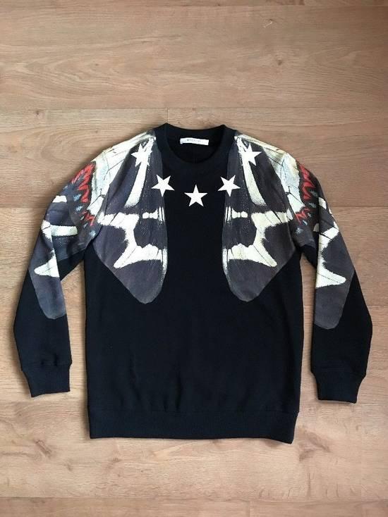 Givenchy Black Butterfly Stars Printed Sweatshirt Size M White Jumper Top Fleece Size US M / EU 48-50 / 2
