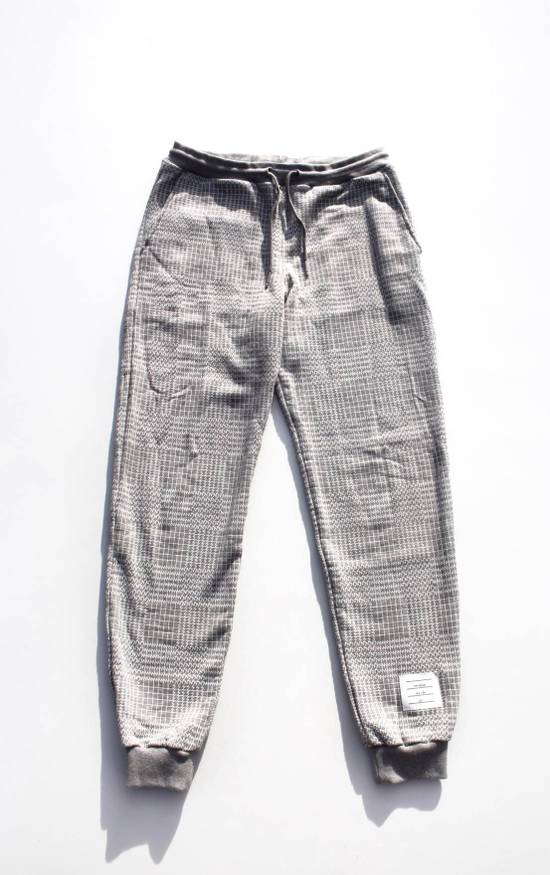 Thom Browne Houndstooth Sweatpants in Grey Size US 30 / EU 46
