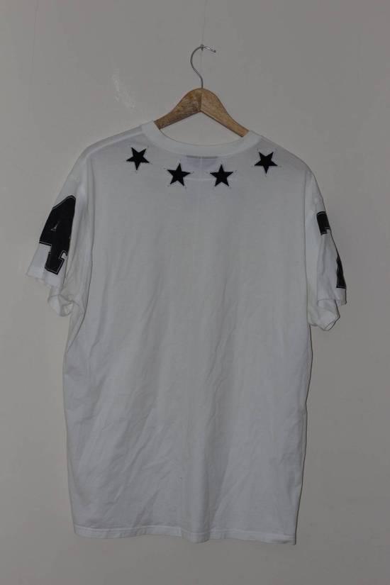 Givenchy Black Star Applique T-shirt Size US M / EU 48-50 / 2 - 5