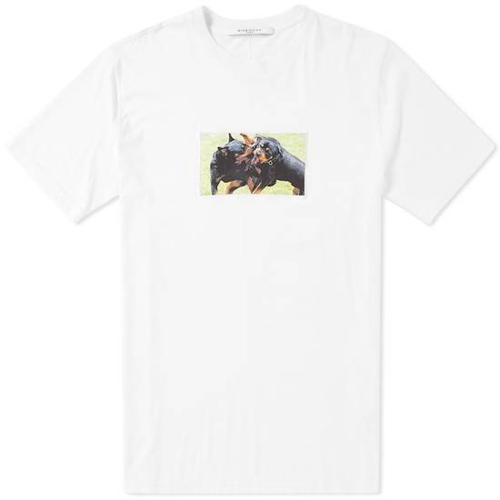 Givenchy White Fighting Rottweilers T-shirt Size US XS / EU 42 / 0 - 2