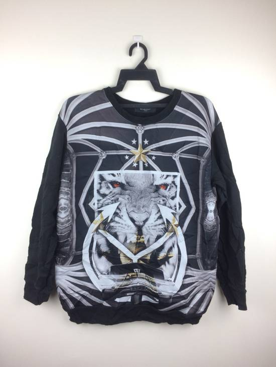 Givenchy Givenchy Paris Rare Design Full Print Made In Italy Size US M / EU 48-50 / 2