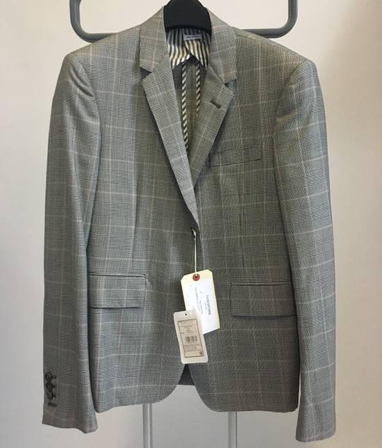 Thom Browne Men's Grey Black & White Prince Of Wales Wool Blazer Size US M / EU 48-50 / 2 - 1