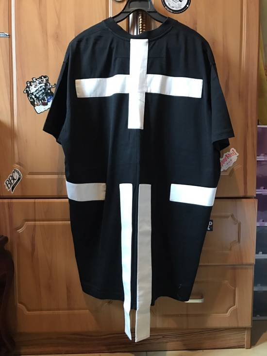Givenchy Givenchy Cross Black Striped Tee Size US XS / EU 42 / 0