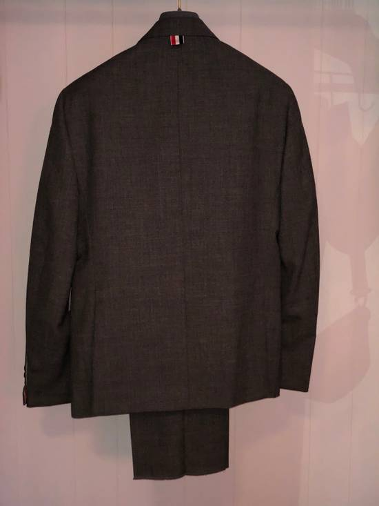 Thom Browne Classic Suit In 2 Ply Fresco Size 40R - 2