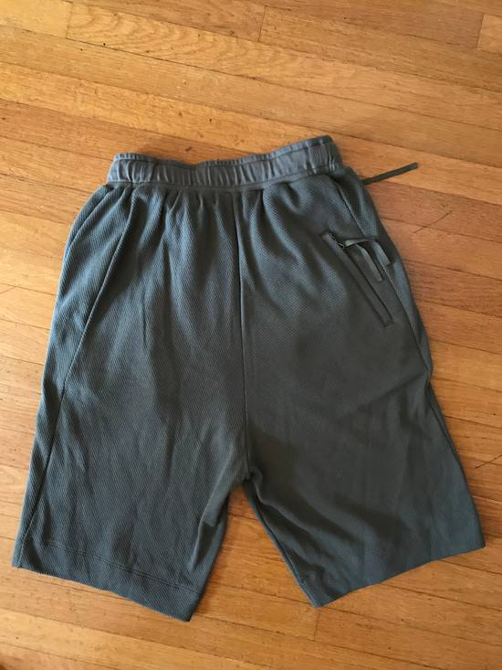 Julius BRAND NEW APCLPS MILITARY GREEN SHORTS Size US 29 - 5