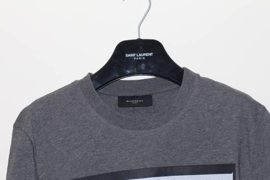 Givenchy Flower Applique Print T-shirt Size US S / EU 44-46 / 1 - 1