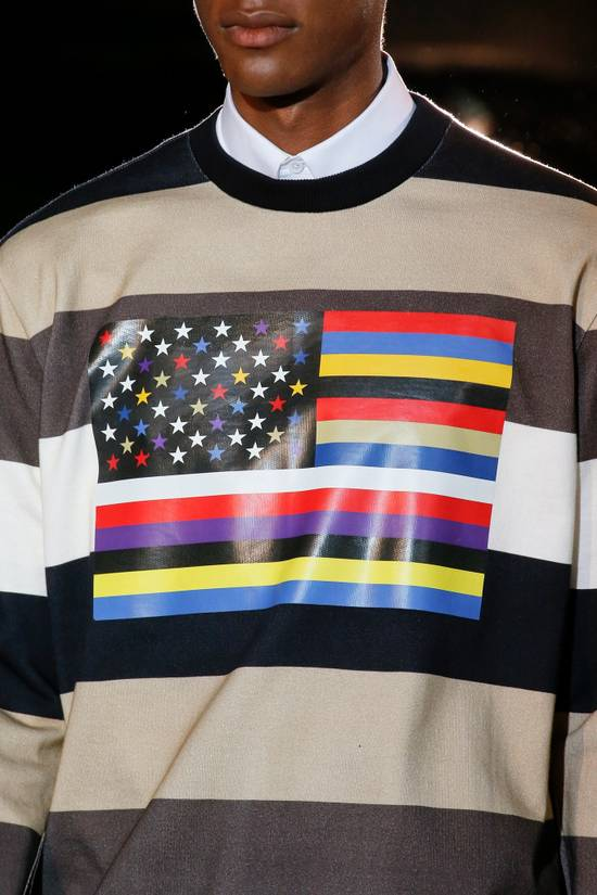 Givenchy $795 Givenchy American Flag Stripe Rottweiler Oversized Sweater size XXS (L) Size US L / EU 52-54 / 3 - 2