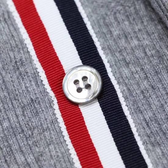 Thom Browne Rainbow knit wear Size US L / EU 52-54 / 3 - 4