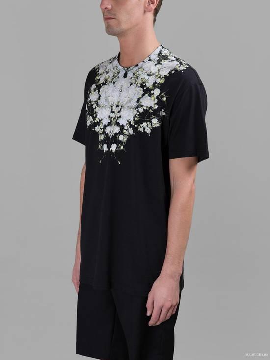 Givenchy Baby's Breath Print T-shirt Size US XS / EU 42 / 0 - 2