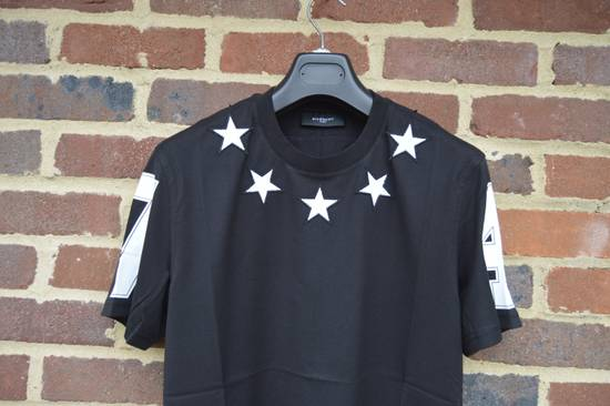 Givenchy Black and White 5 Stars T-shirt Size US XS / EU 42 / 0 - 2