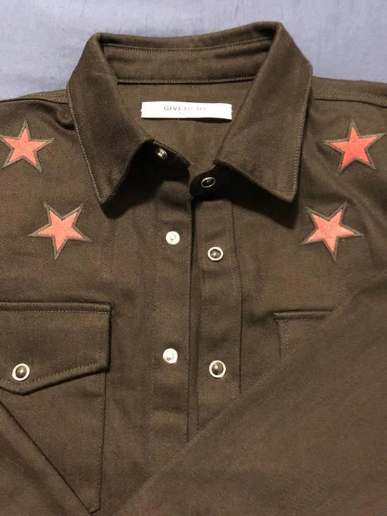 Givenchy Star Denim Shirt Size US M / EU 48-50 / 2 - 4
