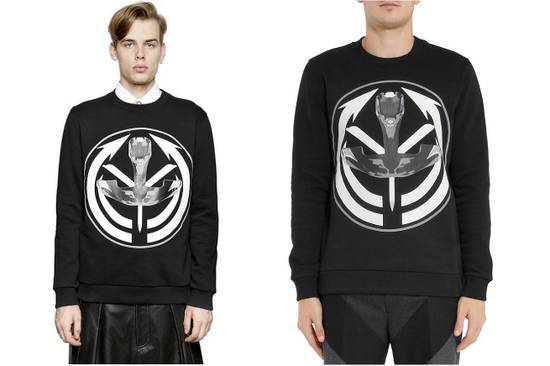 Givenchy Givenchy Tribal Occult Target Print Rottweiler Shark Stars Men's Sweater size XL Size US XL / EU 56 / 4 - 5