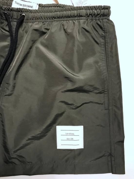 Thom Browne classic swim trunk in medium grey Size US 30 / EU 46 - 3