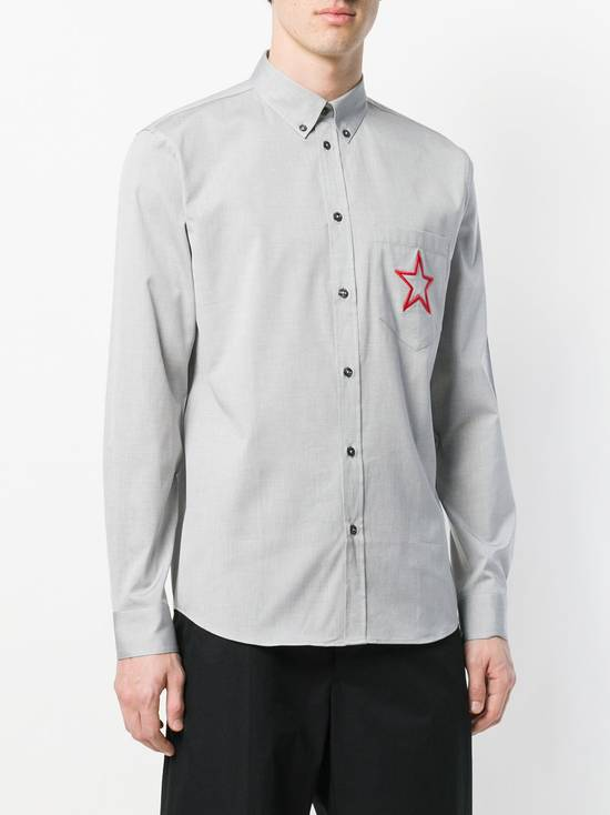 Givenchy $535 Givenchy Star Embroidered Rottweiler Shark Men's Shirt size 40 (M) Size US M / EU 48-50 / 2 - 2