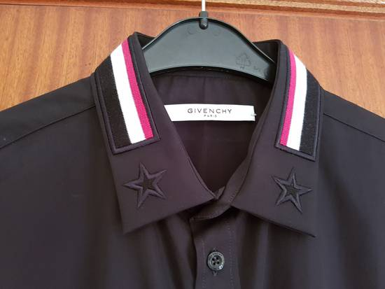 Givenchy Givenchy Givenchy Slim Fit Shirt With Bands and Embroidered Stars On Collar sz 42 Size US L / EU 52-54 / 3 - 7