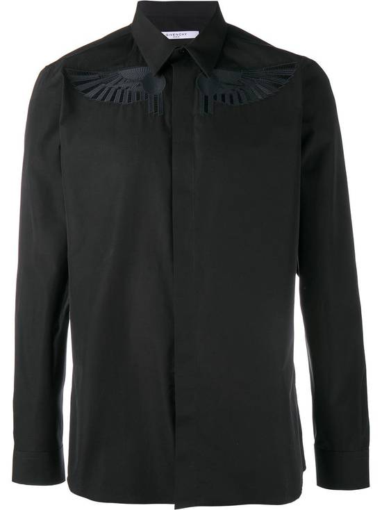 Givenchy Givenchy Black Embroidered Wings Rottweiler Star Madonna Shark Shirt size 37 (fitted S) Size US S / EU 44-46 / 1 - 2