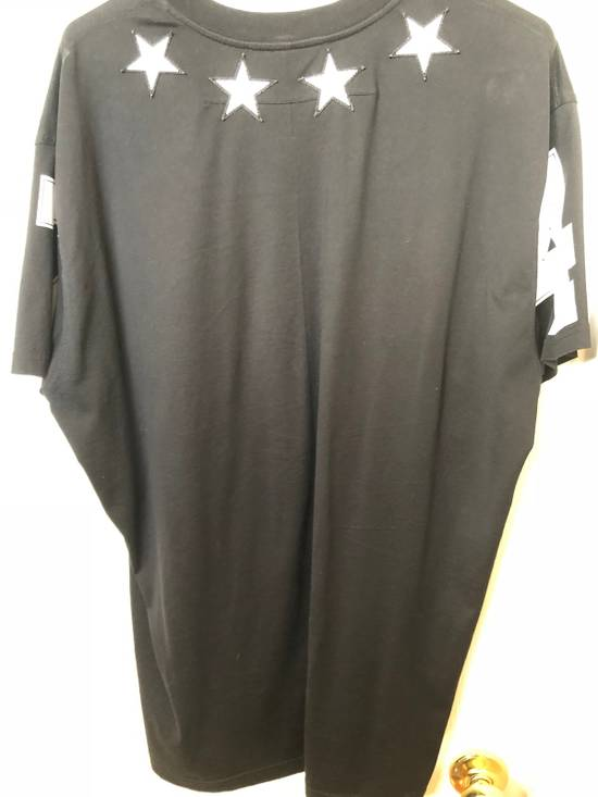 Givenchy Givenchy Embroided Stars Tee Size US M / EU 48-50 / 2 - 1