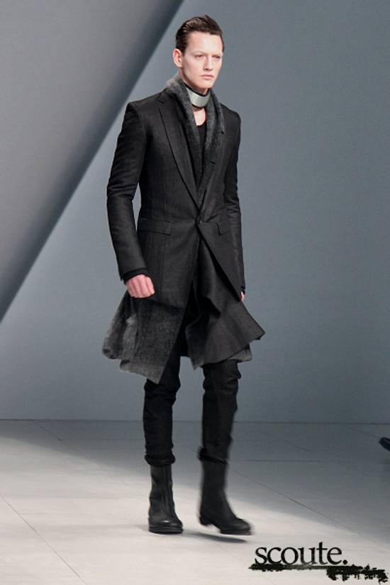 Julius HALO hooded coat Size US L / EU 52-54 / 3