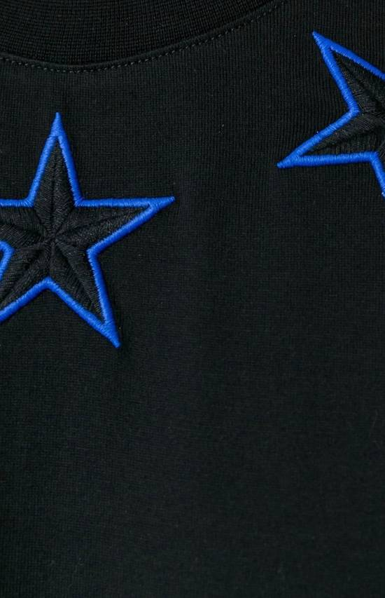 Givenchy New Givenchy, black stars T-Shirt Columbian Fit Size US XS / EU 42 / 0 - 1