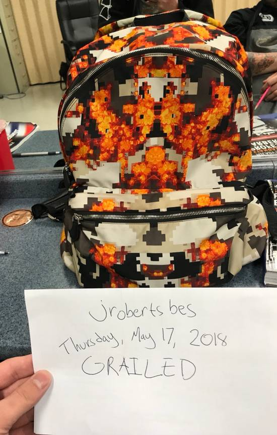 Givenchy ICONIC PRINT IN ORANGE BACKPACK Size ONE SIZE - 2
